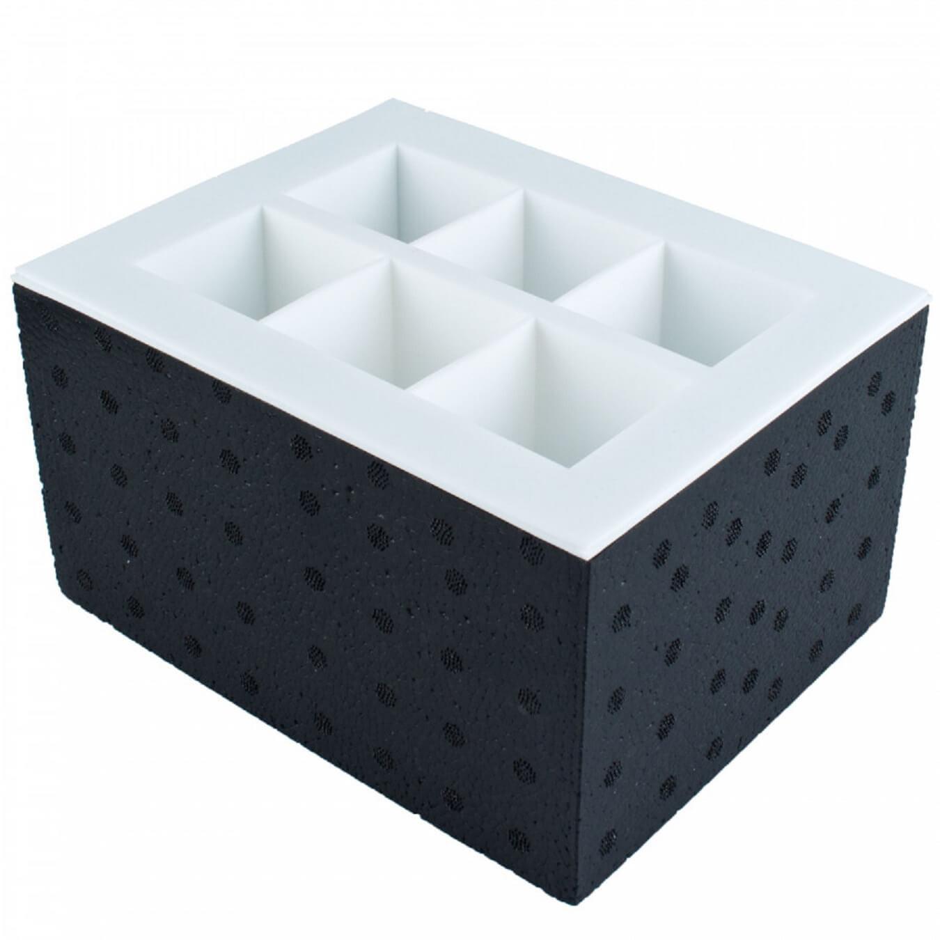 Klar-isterningbakke-clear-ice-5x5-cm-klare-isterning-sort-mixmeister.dk